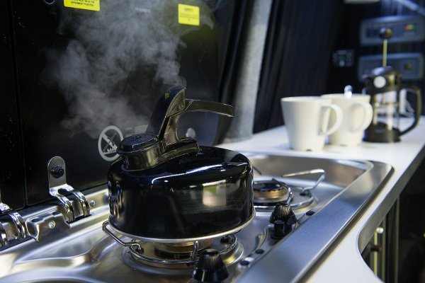 Campervan Kitchen Hob and Kettle