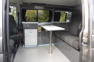 'Cammy' kitchen and table with swivel seats
